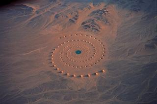 Desert Breath, la spirale tra deserto e Mar Rosso che scatena la fantasia (FOTO)