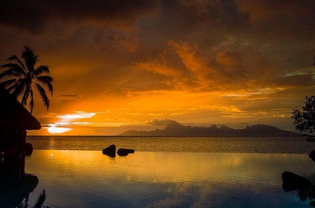 Tramonto a Tahiti [Foto di Flickr]