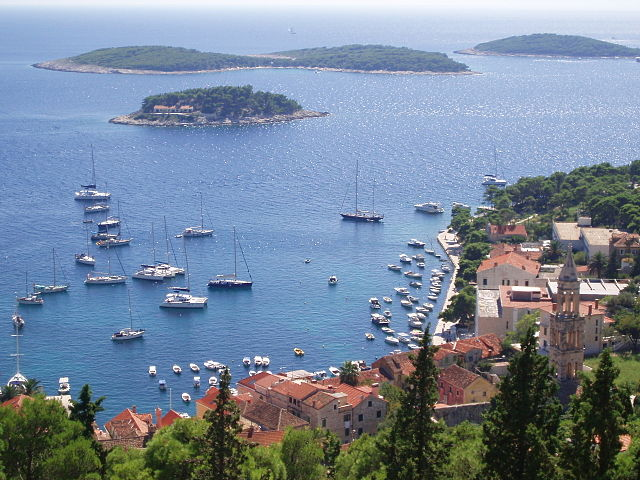 Panorama dell'isola di Hvar (foto di japus)