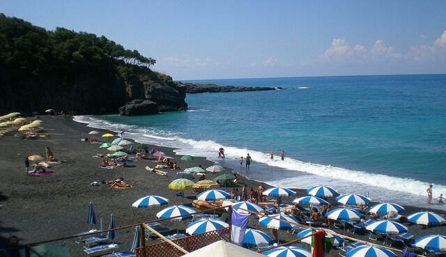 Maratea, spiaggia nera (foto di Mikele)