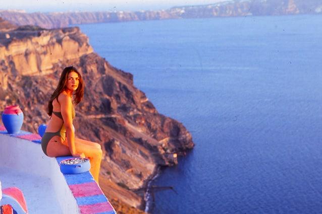 "Santorini ""presentata"" da Lorena Bernal, Miss Spagna 1999."