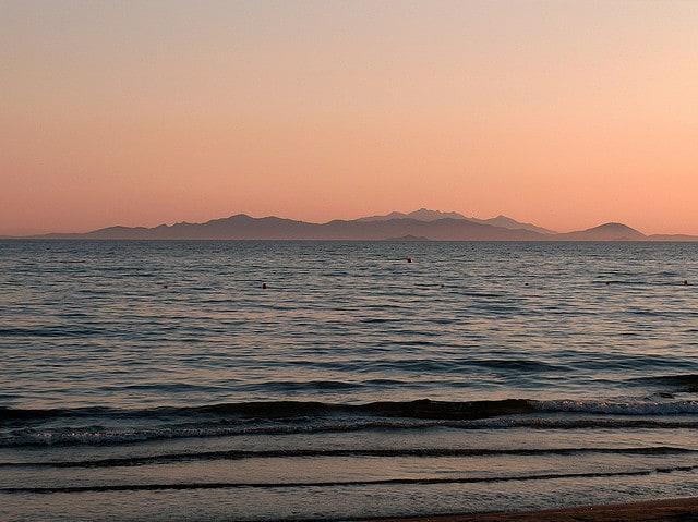 Isola d'Elba dal golfo di Follonica