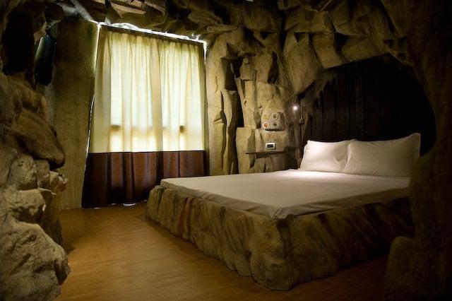 Un albergo fatto di effetti speciali: Hotel Parchi del Garda.