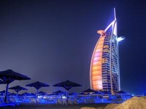 Il Burj al Arab a Dubai.