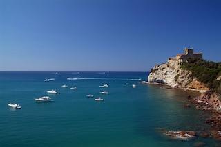 Visitare Castiglione della Pescaia, tra bagni e storia nella Maremma toscana