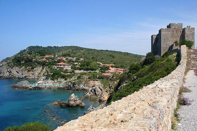 Rocca Aldobrandesca di Talamone. Foto di Roberto Ferrari