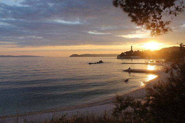 spiaggia di Bacvice al tramonto – Foto di ironypoisoning