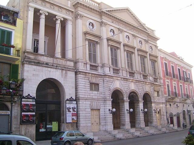 Teatro Curci (foto di Achille83)