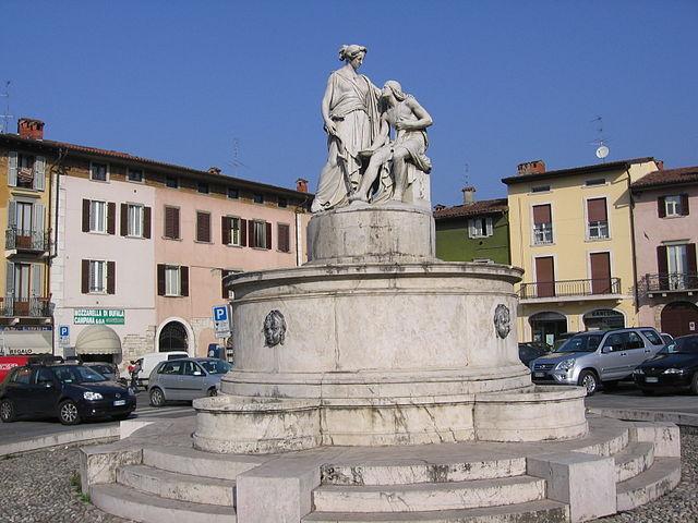 Trescore Balneario, Piazza Cavour (Foto di Ago76)