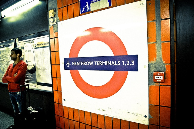 Dall'aeroporto di Heathrow a Londra con la metro. Foto di Pittaya Sroilong