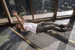 Torre Eiffel da brivido: ora il pavimento è trasparente (FOTO)