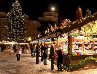 La vera magia nel Natale nei 10 mercatini più belli d'Europa
