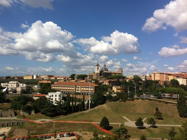 Viterbo, centro a nord di Roma