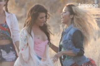 """Lea Michele di """"Glee"""" scopre il seno sul set (VIDEO)"""