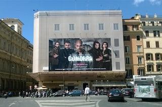 La pubblicità di Gomorra sulla caserma dei carabinieri a Roma (FOTO)