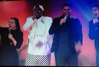 Ricky Martin e Suor Cristina scatenano il pubblico di The Voice