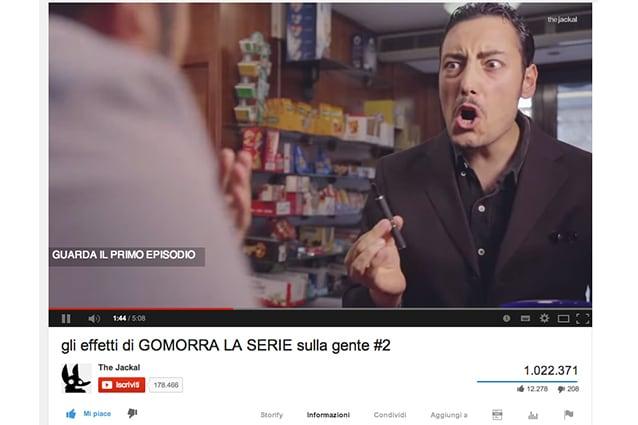 """""""Gli effetti di Gomorra - La serie sulla gente #2"""" ha superato il milione di visualizzazioni su Youtube, The JackaL ha creato un tormentone che ormai conosce a memoria tutta Italia: state senza pensieri."""