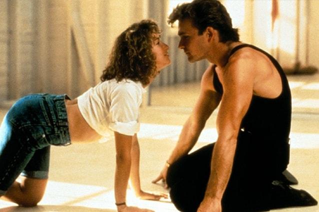 """""""Dirty Dancing"""" in tv continua ad appassionare ma dietro al successo tante curiosità ed una piccola """"maledizione"""". Ecco tutto quello che c'è da sapere sul film."""