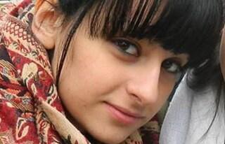 """Fabiana, bruciata viva dal fidanzato a 16 anni. Il papà: """"Lo Stato ci ha abbandonato"""""""