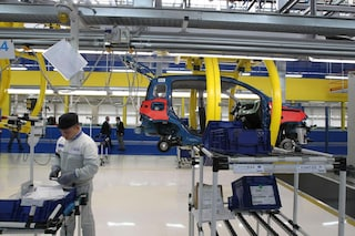 Segnali di ripresa per l'economia italiana: a luglio cresce del 7,4% la produzione industriale