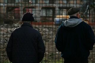 Anziani che guardano i cantieri, ora diventa un lavoro: saranno consulenti dei comuni