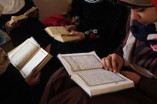 Bambini presi a bastonate per imparare il Corano, due arresti a Pisa