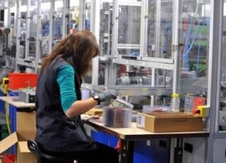 Parlamento UE chiede parità di salario per uomini e donne, ma la Lega vota No
