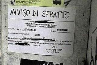 """Brindisi, anziana sfrattata dalla casa popolare dove vive da  anni: """"Vi prego, voglio morire qui"""""""