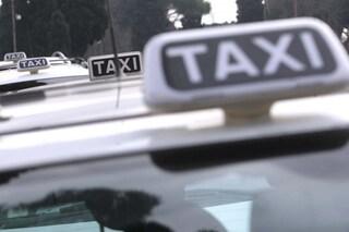 Cosenza, accoltellato al collo da cliente sul suo taxi: Antonio muore una settimana dopo