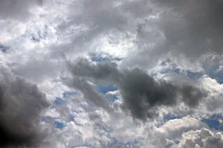 Meteo, piogge in tutta la penisola: temperature in calo in Campania, Lazio, Sicilia e Abruzzo
