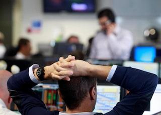 Variante Delta, timori anche in Borsa: l'Europa brucia 240 mld di euro, Wall Street chiude in calo