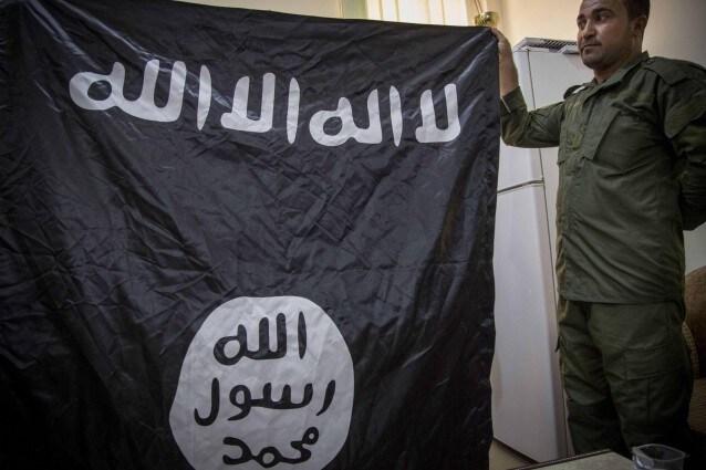 Bandiera dell'Isis (@Lapresse)