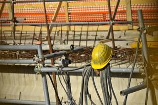 Pescara, precipita da 12 metri mentre sta lavorando: morto un operaio di 27 anni