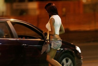 """Rimini, """"nonno"""" di 85 anni va a prostitute ogni sera: multato di mille euro"""