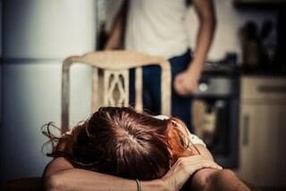 Per 3 anni violenta la compagna e la figlia gravemente malata, in carcere 46enne di Avola