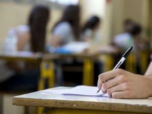 Studente prende 98 alla Maturità, ma voleva 100: fa ricorso al Tar e vince
