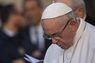 """Migranti, papa Francesco: """"Nessuno è straniero, i più deboli devono essere aiutati"""""""