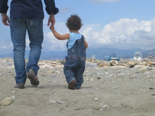 """""""Mia moglie e mio figlio di 15 mesi bloccati in Colombia, non so quando potrò riabbracciarli"""""""