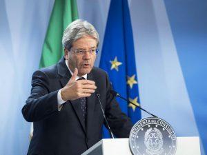 Paolo Gentiloni a Bruxelles in conferenza stampa