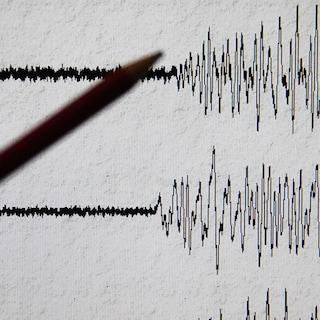 """Terremoto a L'Aquila, scossa di magnitudo 4.4 avvertita fino a Roma: """"Nessun danno"""""""