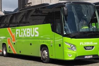 """Coronavirus, Flixbus proveniente dal Nord Italia fermato a Lione: """"Autista con tosse anomala"""""""