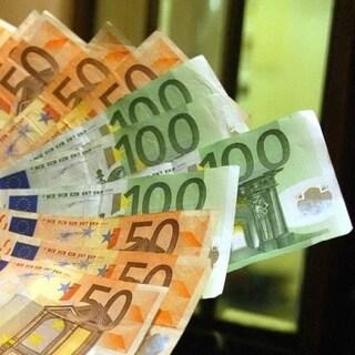 Coronavirus, arriva il bonus da 600 euro per i lavoratori: a chi andrà e come richiederlo