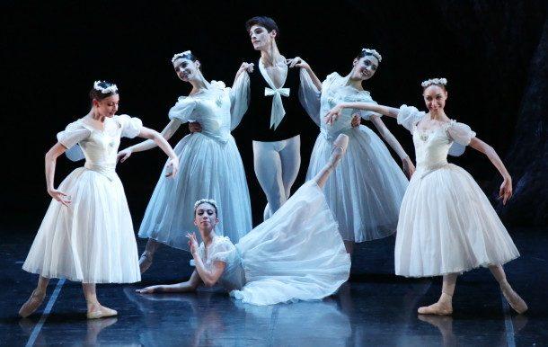 """""""Les Sylphides"""" - Scuola di Ballo del Teatro Alla Scala, Rudy Amisano ©"""