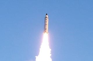 Corea del Nord e Corea del Sud hanno lanciato due missili a poche ore di distanza l'una dall'altra