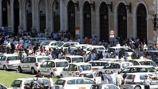 """Oggi sciopero nazionale dei tassisti: """"Vogliamo regole su app e taxi abusivi"""""""