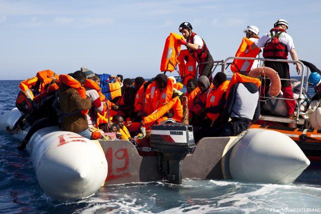 L'Europa ha fallito, le ong che soccorrono i migranti nel Mediterraneo salvano vite