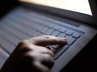 La Lega presenta una proposta per bloccare automaticamente il porno su Internet