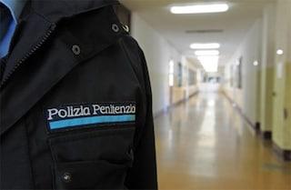 Dramma nel carcere di Sanremo, agente in servizio estrae l'arma e si toglie la vita