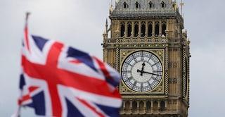 Brexit, Parlamento britannico boccia l'accordo per l'uscita dall'Ue: Gran Bretagna nel caos