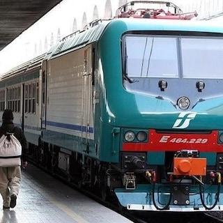 Sciopero dei treni lunedì 11 ottobre in tutta Italia, orari di Trenitalia dei mezzi garantiti oggi